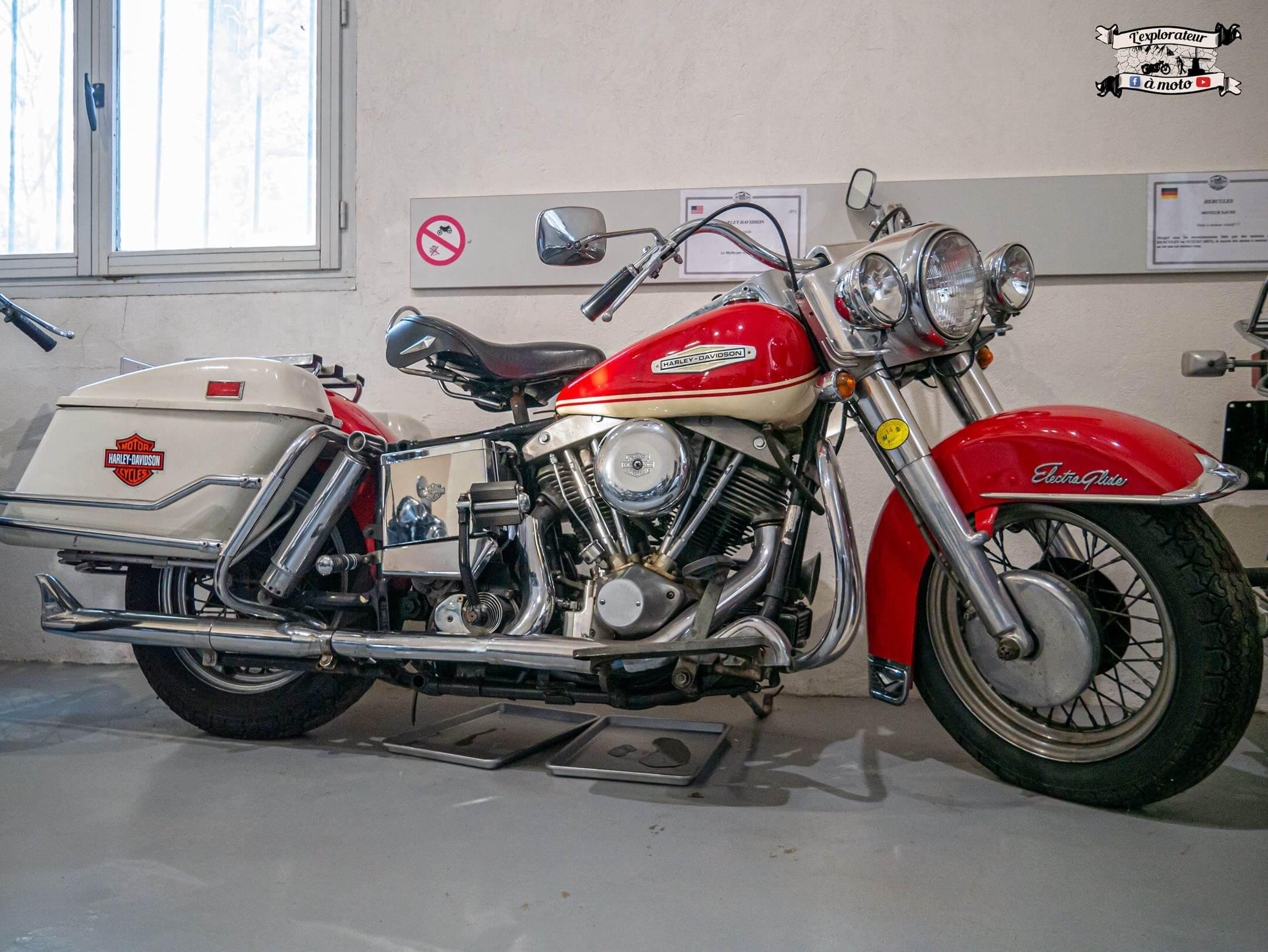 Harley-Davidson, Château de Bosc 04 - lexplorateuramoto.com