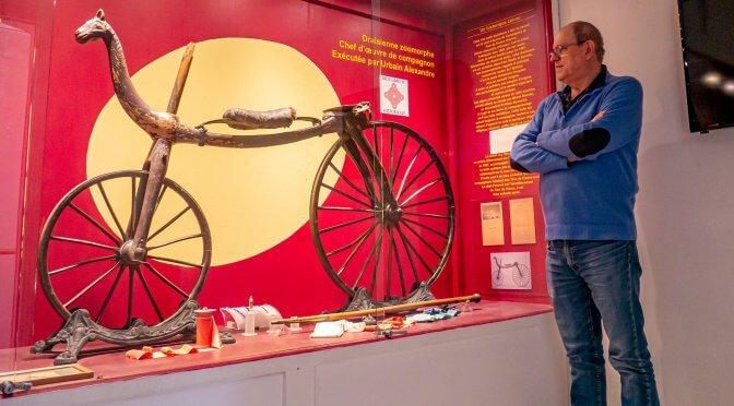 Retour Claude Reynaud et sa collection vélo et moto